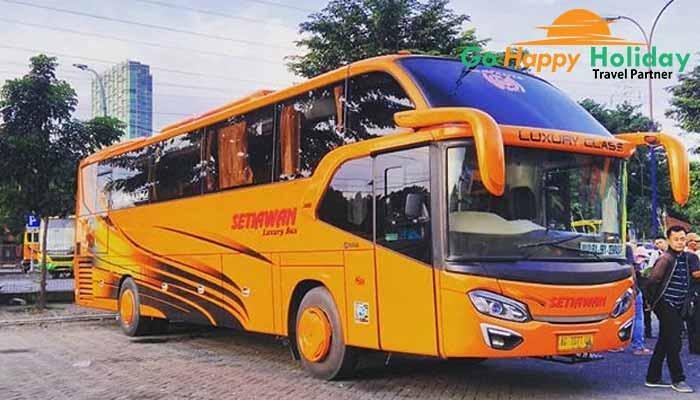 Sewa bus pariwisata di Kediri Terbaru murah